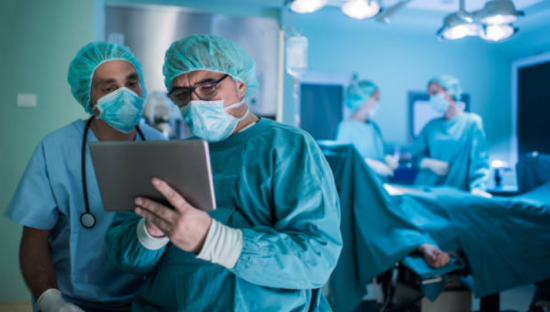 kalça protezi ameliyatı kaç saat sürer